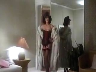 Joan Collins, Pamela Salem, Others - The Bitch
